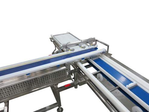 retracting tail conveyor AquaPruf 7400 series